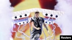 El famoso cantante juvenil Justin Bieber no se ha pronunciado sobre la denuncia por supuesto robo.