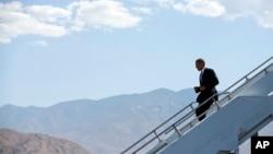 President Barack Obama arrives at Palm Spring International Airport in Palm Springs, California,, June 7, 2013.