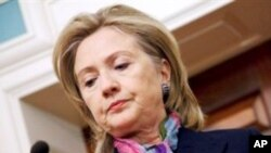 위키리크스의 외교전문 공개를 비난하는 클린턴 국무장관(자료사진)