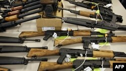 'Meksikalı Uyuşturucu Çetelerine Silah ABD'den Gidiyor'