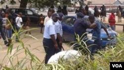 Angola - Policia prende manifestantes em Luanda