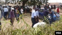 Angola - Policia prende manifestantes