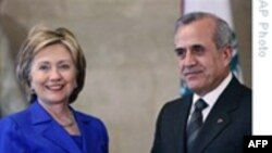 Хиллари Клинтон возвращается в США