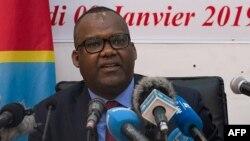 Le président de la Commission électorale nationale indépendante (CENI) de la RDC, Corneille Nangaa Yobeluo, annonce les résultats provisoires de l'élection présidentielle à Kinshasa du 10 janvier 2019.