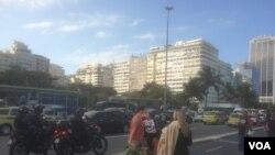 مناطق توریستی نزدیک به ساحل در ریو در روزهای المپیک شاهید حضور انبوه نیروهای امنیتی است.