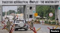 پاکستانی فضائیہ کی کامرہ میں تنصیب کا مرکزی داخلی راستہ