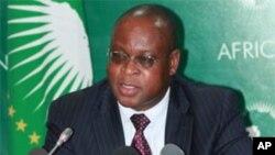 African Union Economic Affairs Commissioner Maxwell Mkwazelamba (file photo)