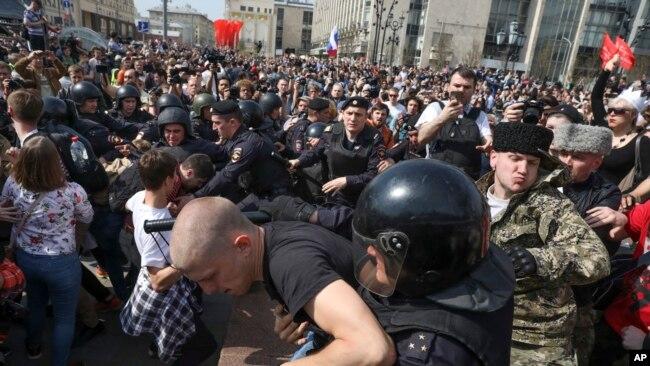 报告:俄社会情绪变化 厌倦普京式强人 期望新领袖