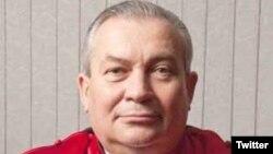Aydin Sefa Akay, l'un des magistrats du Mécanisme pour les tribunaux internationaux des Nations unies (MTPI), condamné le 14 juin par un tribunal d'Ankara à sept ans et demi de prison pour appartenance à la mouvance du prédicateur Gülen, accusé d'avoir ourdi le putsch manqué de juillet.