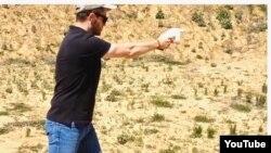 Demonstracija 3D pištolja - Cody Wilson iz Defense Distributed. (YouTube)