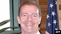 Phó Trợ lý Bộ trưởng Ngoại giao Hoa Kỳ phụ trách các vấn đề Tây Bán cầu Craig Kelly