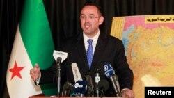 칼리드 살레 시리아국가연합 대변인이 지난 9워 기자회견에서 발언하고 있다. (자료사진)