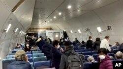 美國鑽石公主號郵輪撤僑2專機抵美 其他國家及地區將跟進。