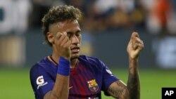 Le joueur brésilien Neymar lors d'un match amical contre Real Madrid, Miami, 29 juillet 2017