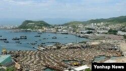 지난달 31일 촬영한 북한 청진항.