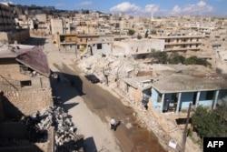 Nhà cửa ở thị trấn Darat Azzah bị phá hủy sau vụ đánh bom của lực lượng chính phủ, ngày 7/10/2015.
