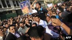 Mısır'da Hristiyan Göstericilerden Oturma Eylemi