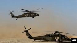 아프가니스탄 물류 수송 헬리콥터. (자료사진)