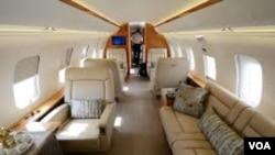 inerior do Bombardier 6000