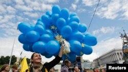 Як Київ зустрів підписання Угоди з ЄС. ФОТО