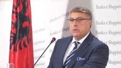 Guvernatori Adrian Fullani flet per situaten ekonomike