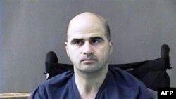 Hung thủ Nidal Hasan nổ súng giết chết 13 người và gây thương tích cho 32 người khác