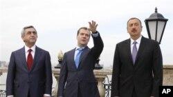 亞美尼亞和阿塞拜疆兩國首腦在俄羅斯談判。