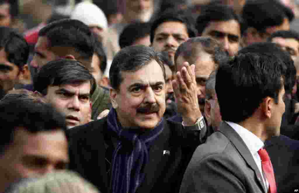 گورنر سلمان تاثیر کی لاہور میں تدفین