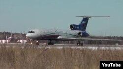 Российский самолет Ту-154, участвующий в наблюдательных полетах по Договору по открытому небу