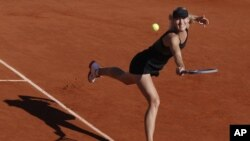 Prvi put u karijeri Marija Šarapova igraće meč za titulu u Parizu