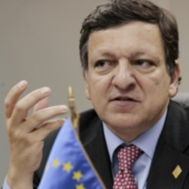 European Commission President Jose Manuel Durao Barroso speaks during a news conference (file photo)