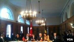 Türkiye ve Belçika'nın dışişleri, içişleri ve adalet bakanlarını bir araya getiren Brüksel'deki toplantıda öne çıkan konu terörle mücadeleydi
