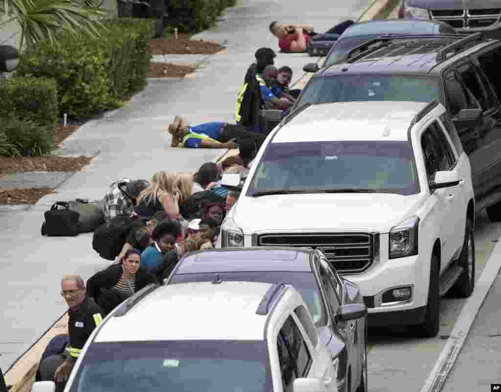 Las autoridades investigan el móvil que llevó al atacante a realizar el tiroteo.