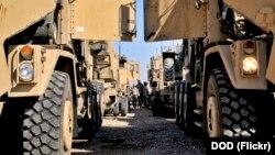 امریکا د مۍ په لومړۍ نېټه له افغانستان څخه وتل پیل کړل