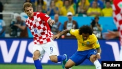 فٹ بال ورلڈ کپ: افتتاحی میچ میں برازیل فاتح