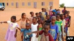 Des élèves à Yakouta au Burkina Faso, le 10 juin 2009.