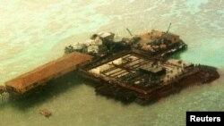 Konstruksi yang dibangun oleh China di Kepulauan Spratly, Laut China Selatan (foto: dok).