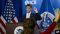 美國移民與海關執法局局長約翰.莫頓