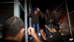 El flujo de mexicanos que llegan a EE.UU. también ha disminuido por el trabajo de las autoridades mexicanas de inmigración que están frenando el cruce ilegal de inmigrantes.
