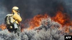 В Неваде тысячи эвакуировали из-за пожаров