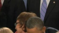 吉福兹议员辞职 继续康复之路