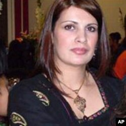 Samina Akhter, founder of Samina pure mineral makeup
