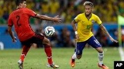 Brasil, el anfitrión, se enfrentará a Chile en Belo Horizonte.