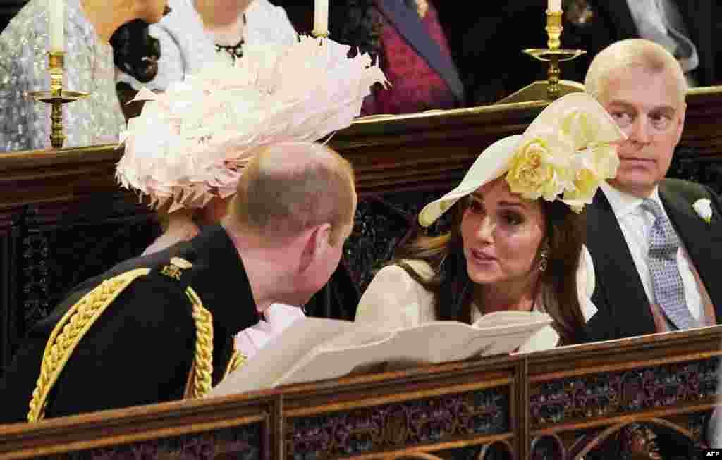 شاهزاده ویلیام و همسرش کیت در مراسم ازدواج شاهزاده هری و مگان