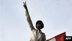 Египет: демонстранты и правительство не готовы отступать