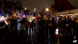 Başkent Washington'da düzenlenen gösterilerde de polis şiddeti protesto edildi