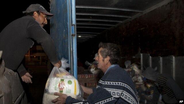 Damnificados empiezan a recibir ayuda, pero todavía es insuficiente