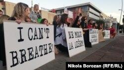 Građanski protest u Podgorici u znak podrške anti-rasističkim demonstracijama u SAD (Foto: RFE/RL/Nikola Borozan )
