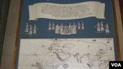 俄罗斯长期经略北极地区。圣彼得堡南北极博物馆展出的示意图,俄国外交家格拉西莫夫500年前首次提出了从欧洲到中国的北极航道设想。(美国之音白桦拍摄)