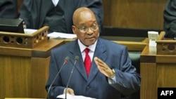 Tổng Thống Nam Phi Jacob Zuma đã đáp chuyến bay sang Tripoli hôm nay